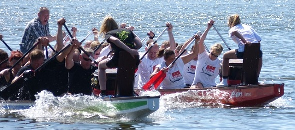 dragon boat teams